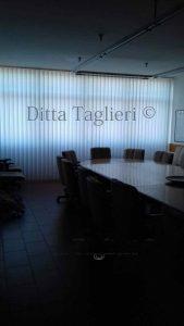Ditta Taglieri - tenda a bande verticali